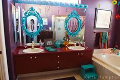 love the diy mirrors
