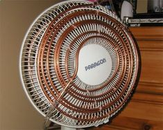 diy air conditioner This is freakin brilliant!! Coiled copper pipe, attached front and back to a fan, filled with water and attached to an aquarium pump (flexible aquarium tubing used for the length that would move when the fan oscillates). The little bit of water continuously recirculates and the fan blows air over the piping, blowing cool air. Dry camp cooling yee haw!! #AquariumAirPumpIdeas