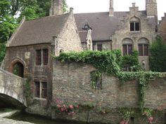 This is in the village of Lower Slaughter, on the River Bybrook.