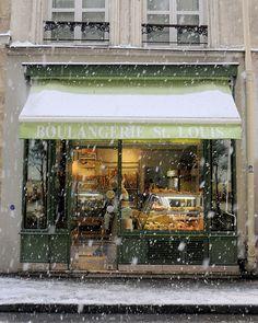 Boulangerie St. Louis, in Paris France