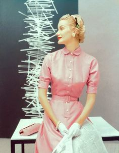 I adore Sunny Harnett !1954 Conde-Nast Archives #1950's #fashion