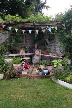 Terrace Garden Design, Small Courtyard Gardens, Small Courtyards, Small Garden Design, Outdoor Gardens, Minimalist Garden, Small Backyard Landscaping, Landscaping Ideas, Mulch Landscaping