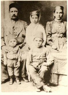 Tatars.Crimean Tatars. 1914 Muyedin ailesi  (Мехмет Мухиттин Sevdiyar и его семья)