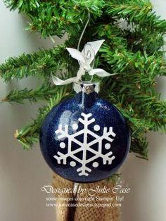 Craft Glass Ornament Ideas   Glittered Glass Ornament   Kids craft ideas