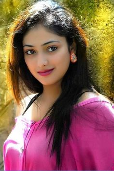 ideas for photography girl fashion sweets Beautiful Girl Photo, Beautiful Girl Indian, Most Beautiful Indian Actress, Beautiful Actresses, Beautiful Saree, Beauty Full Girl, Beauty Women, Packers And Movers, Indian Beauty Saree