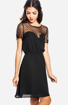 little black dress : sweet heart