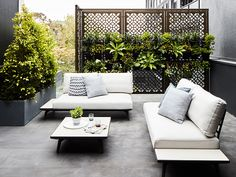 ideas for garden design modern outdoor living Outdoor Areas, Outdoor Rooms, Outdoor Decor, Rebecca Judd, Modern Garden Furniture, Minimalist Outdoor Furniture, Furniture Ideas, Furniture Design, Estilo Interior