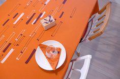 Nappe rectangulaire imprimée à la main lin et par TRACEtextileshop Plate, Rectangle Table, Etsy, Cleanser, Fabrics, Hands, Products, Cotton, Dishes