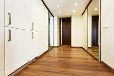 How do you measure for laminate flooring?