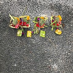 you find flower and rice offerings everywhere in Bali including on the streets and sidewalks like this. the religion and rituals of this island are unique in the world and incredibly beautiful. #travel #travelgram #traveling #travelphotography #spirituality #bali #indonesia #nofilter