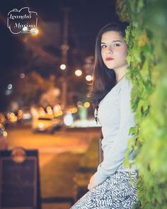 Ensaio pré-15 anos. Vejam como ficou a bela Victoria (@vicxcx). Que venham muitos outros anos.  #leandromarinofotografia #registrandomomentos #capturandoemocoes #instadaily #bestoftheday #picoftheday #photooftheday #fotododia #bokeh #model #modeling #modelando #instapic #instagood #street #nightpic #fotonoturna - http://ift.tt/1HQJd81