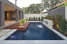 Modern Backyard Design Modern Backyard Design never walk out models. Modern Backyard Design is usually furnished in a numbe. Modern Backyard, Backyard Patio, Outdoor Pool, Backyard Retreat, Moderne Pools, Design Exterior, Small Pools, Swimming Pool Designs, Backyard Landscaping