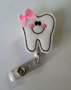 Sonriendo el diente identificación retráctil insignia carrete-ID Badge titular-dentista, asistente Dental, Higienista Dental, placa Dental