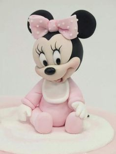 ▷ 1001 + ideas for the cutest Minnie Mouse cake for your little one Baby Minnie Mouse Cake, Minnie Mouse Birthday Theme, Theme Mickey, Bolo Minnie, Baby Mickey, Baby Mouse, Mickey Minnie Mouse, Mickey Cakes, Fondant Toppers