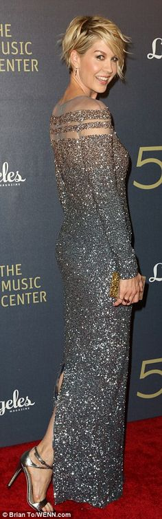 Evergreen Paula Abdul, 52, flashes her under-boob cleavage in dramatic teal mermaid gown at Music Center gala | Daily Mail Online