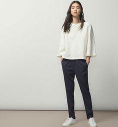 #SoftMood, la nueva colección de Massimo Dutti llega cargada de prendas oversize.  #Modalia | http://www.modalia.es/marcas/massimo-dutti/8201-soft-mood-prendas-fluidas.html  #massimodutti #oversize #fall