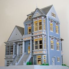 Although I'm not a fan of these houses in real life, the sheer amount of detail here is astounding :)