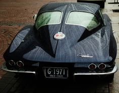 63 Corvette was the only year for the split back window. Visibility sucked but it was really stylish wasn't it?