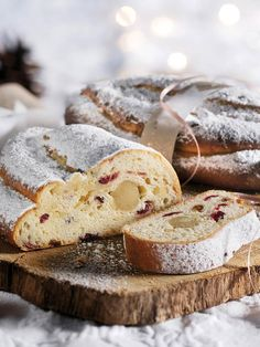 Cranberrys, Stollen Recipe, Camembert Cheese, Food Photography, Bakery, German Recipes, Winter, Netherlands, Holiday
