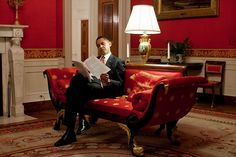 """""""President Obama goes over notes in the Red Room of the White House prior to a live prime time press conference in the East Room, March 24, 2009. (Official White House Photo by Pete Souza)"""""""