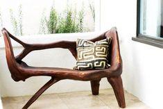 sofá de madera con formas orgánicas. #decor #decoracion #organica