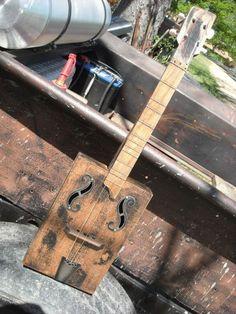 Dulcimer - Cigar Box Nation Cigar Box Nation, Empty Cigar Boxes, Guitar Neck, Cigar Box Guitar, Thing 1, Guitar Art, Ukulele, Diy, Orchestra