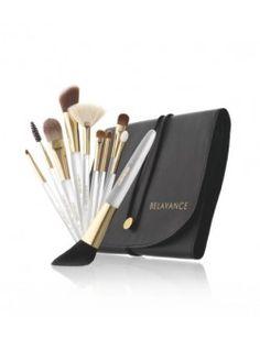 MANTA CON SET DE PINCELES LA BIOSTHETIQUE Make Up, Beauty, Google, Bed Covers, Hairstyles, Makeup, Beauty Makeup, Beauty Illustration, Bronzer Makeup