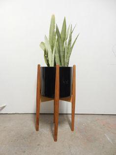 Modern Minimal Plant Stand / CRADLE / Mid Century Style
