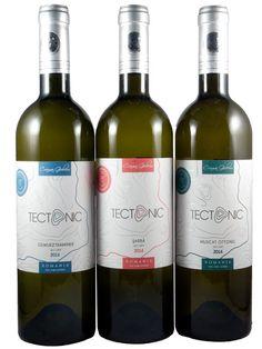 Trei albe seci din gama Tectonic a Cramei Gîrboiu Muscat, Wine, Drinks, Bottle, Drinking, Beverages, Flask, Drink, Jars