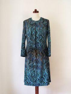 Vintage Dress  1970's Psychedelic Dress  von PaperdollVintageShop, €29,90