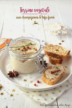 terrine végétale champignons tofu fumé et vin blanc #vegan #noël #christmas http://www.la-gourmandise-selon-angie.com/archives/2016/12/13/34544893.html