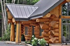 по технологии post and beam: Small Log Cabin, Log Cabin Homes, Timber Logs, Wooden Architecture, Bamboo House, Post And Beam, Garden Buildings, Cabin Plans, House In The Woods