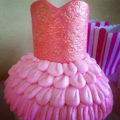 #tutu #cake #fondant #icing #ombre