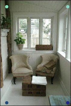88 Swedish Decor for Living Room with Small Spaces - Enclosed Front Porches, Small Porches, My Living Room, Living Room Decor, Living Spaces, Style At Home, Interior Exterior, Interior Design, Farmhouse Interior