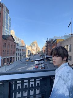 The amount of FLAVOR this man has is keeping me well fed! Taeyong looks amazing and seems to be enjoying NY and all the places! Nct 127, Lee Taeyong, K Pop, Johnny Seo, High Line, Fandoms, Na Jaemin, Entertainment, Winwin