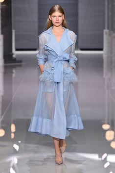 Лучших изображений доски «SS 2018»  2119   Woman fashion, Womens ... b743fda2056