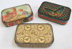 DIY gift tins: modge podge paper onto Altoids tins