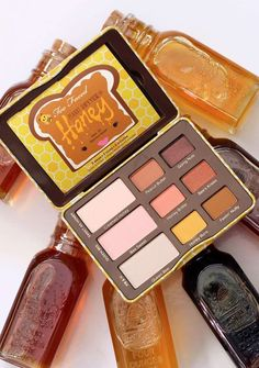 too faced peanut butter honey palette - Make-up Cute Makeup, Pretty Makeup, Makeup Set, Makeup Storage, Elf Makeup, Fairy Makeup, Mermaid Makeup, Crazy Makeup, Gorgeous Makeup