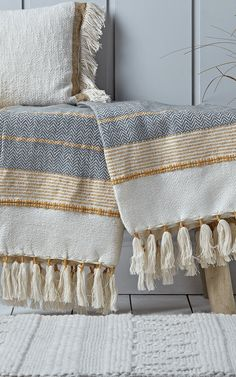 Textured Tassle Throw – Grey & Mustard – Furnishing Tips Cream And Grey Bedroom, Colour Schemes For Living Room Grey, Mustard Bedroom, Tulum, Yellow Throw Blanket, Chunky Knit Throw, Manta Crochet, Knitted Throws, Home Decor Fabric