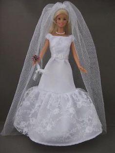 Sophisticated Wedding. €6. Zelfgemaakte Barbie kleding te koop via Marktplaats bij de advertenties van Nala fashion. Homemade Barbie doll clothes (OOAK) for sale through Marktplaats.nl Verkocht / Sold