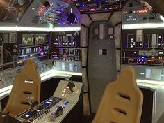 Star Wars Room, Star Wars Art, Star Trek, Vader Star Wars, Lego Star Wars, Darth Vader Action Figure, Millennium Falcon Model, Star Wars Light Saber, Star Wars Models