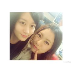 Kei Jonishi x Aina Fukumoto  「スタッフさんからご飯のお誘いが しかも、あいにゃんも久しぶりすぎて嬉しいついでにうどんも後から来た笑 #あいにゃん #福本愛菜」