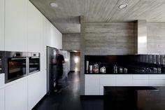 Image 13 of 28 from gallery of PF House / [ b e l e v ê ] + Hrdalo Arq. Photograph by Nico Saieh Decor Interior Design, Interior Decorating, Stair Detail, House Inside, Kitchen Equipment, Living Room Decor, Minimalism, Sweet Home, Kitchen Cabinets
