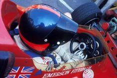 Emerson Fittipaldi (Lotus-Ford 72B) 1970 - source Grand Prix...