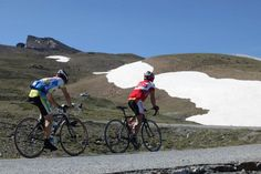 Ciclismo en Sierra Nevada (Granada) / Mountain biking in Sierra Nevada (Granada), by @websierranevada