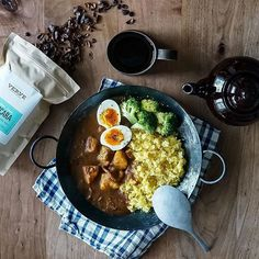 Chana Masala, Paella, Food Photo, Curry, Dinner, Ethnic Recipes, Layout, Cakes, Dining