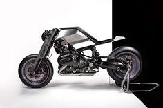 "Munich-based industrial designer Christian Zanzotti has just unveiled the ""Digimoto,"" a futuristic motorbike made using virtual reality software."