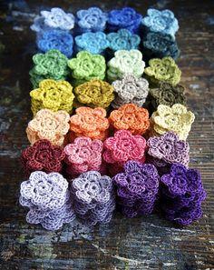 flowers pattern: http://www.ravelry.com/patterns/library/crochet-flower---blume