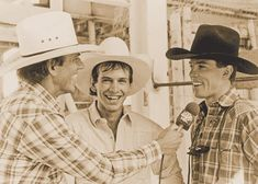 George Michael interviewed Lane Frost and Tuff Hedeman the day Frost died at the 1989 Cheyenne Wyoming Frontier Days. Michael befriended the legendary bull riders early in their young careers, and helped them take their sport to new heights. Rodeo Cowboys, Real Cowboys, Hot Cowboys, Bull Riding, Horse Riding, Country Boys, Country Music, Cody Lambert, Lane Frost