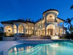 Beautiful mansion with pool